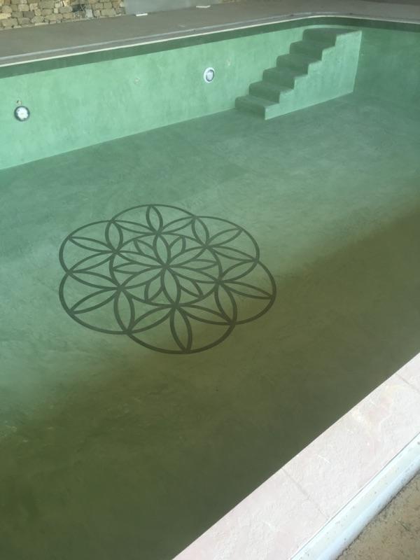 r alisation d 39 une piscine int rieur en b ton cir merci la vie. Black Bedroom Furniture Sets. Home Design Ideas